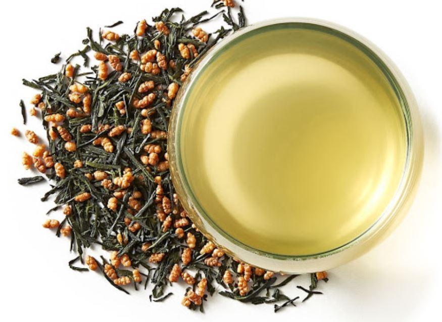 Trà gạo rang Genmaicha sở hữu mùi thơm độc đáo cùng màu nước vàng trong nhẹ dịu